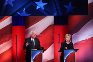 Senator Bernie Sanders and Hillary Clinton met for a debate at the University of New Hampshire on Thursday night.