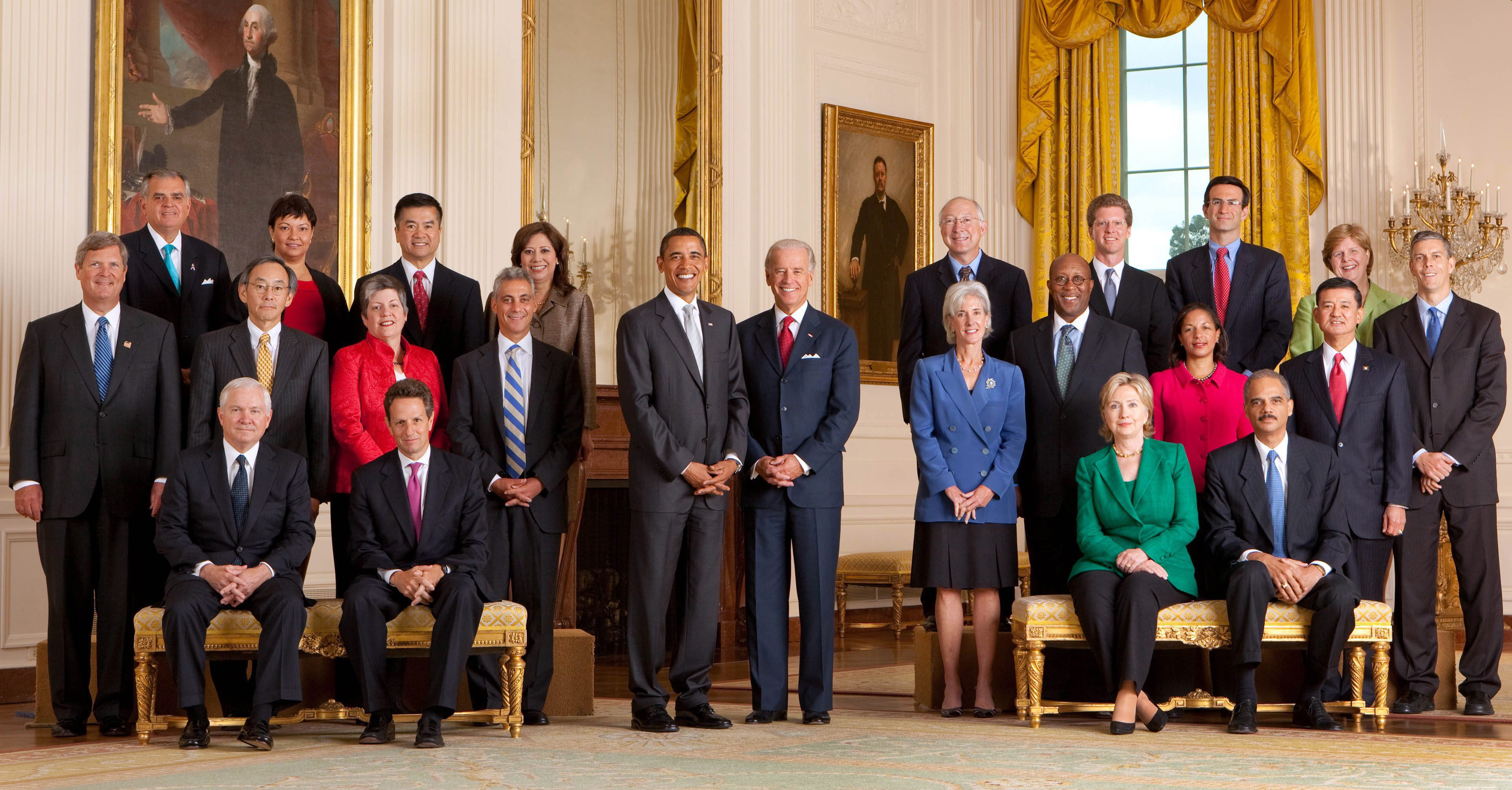Official White House photo of Obama Cabinet